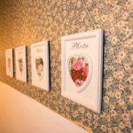 Ferienwohnung Altes Forsthaus - Bilder die im WC hängen
