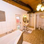 Landhaus am Schloß - Großes Bad mit viel Platz